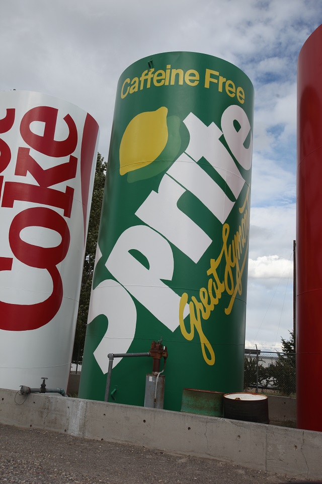 2015-09-17-montana-helena-worlds-largest-sprite-can-640w