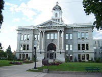 missoula-county-courthouse-panaramio-com-200w