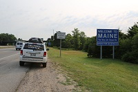 me-maine-augusta-border-sign-lawless-america-movie-2012-07-13-002-200w