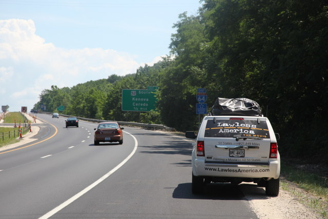 west-virginia-border-lawless-america-movie-2012-06-23 4-640w
